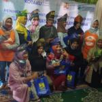 Anggota Borneo Istimewa Berikan Pelatihan Kreasi Tanjak Melayu